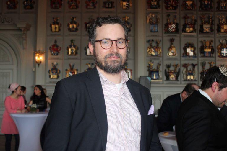 Rabbi Simon Livson lopettaa tehtävänsä Helsingin juutalaisen seurakunnan rabbina 3.11.2021